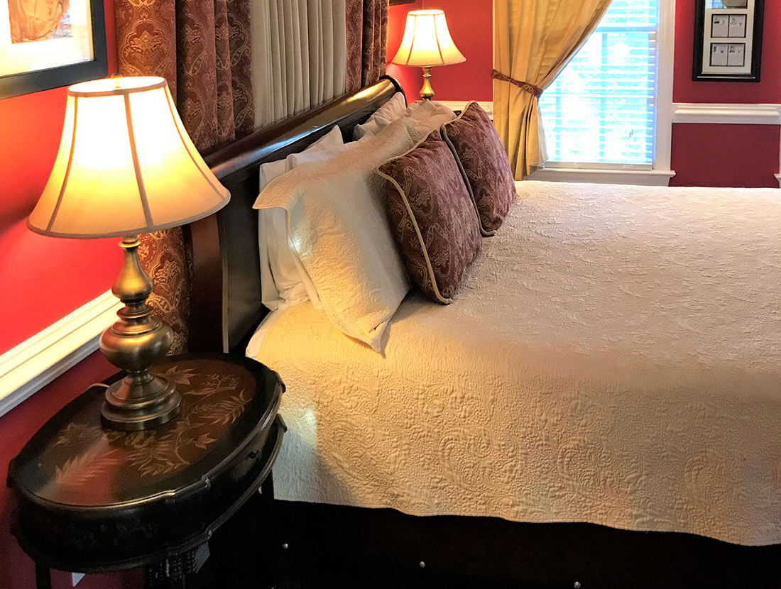 The Winston Churchill Bed Chambers A Williamsburg White House Inn, Williamsburg Virginia